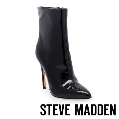 STEVE MADDEN-WAGNER 鏡面尖頭細高跟短靴-黑色
