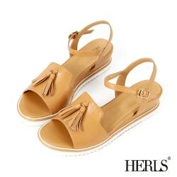 HERLS 微甜系女孩 真皮俏皮流蘇楔型涼鞋-駝色