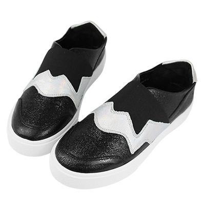 Robinlo & Co. 跨時空幾何視覺真皮平底休閒鞋 黑色