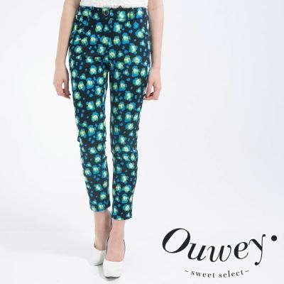 OUWEY歐薇-點點螢光滿版印花激瘦九分褲