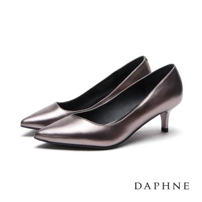 達芙妮DAPHNE 高跟鞋-全真皮素面中跟尖頭鞋-錫