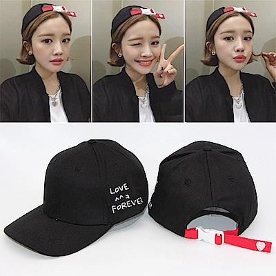 梨花HaNA 紅色後扣街頭時尚你最型黑色棒球帽老帽-速