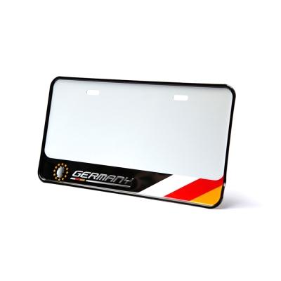 3D 新式下擺7碼立體車牌框 德國-快
