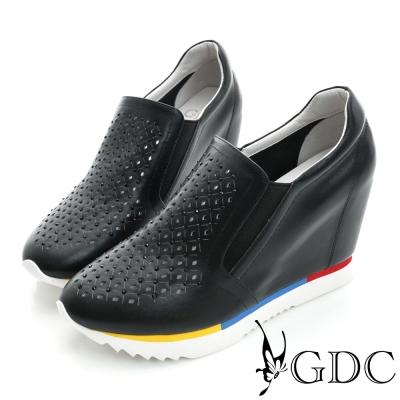 GDC-水鑽菱格紋沖孔真皮內增高厚底懶人休閒鞋-黑色