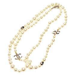 CHANEL 經典雙C LOGO大小珍珠長型項鍊(金)