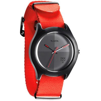 NIXON QUAD 拼裝潮流都會休閒腕錶-黑灰x螢光橘錶帶/39mm