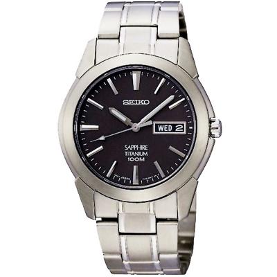 SEIKO 精工輕量鈦金屬典藏炫黑時尚腕錶(SGG731P1)-灰/37mm