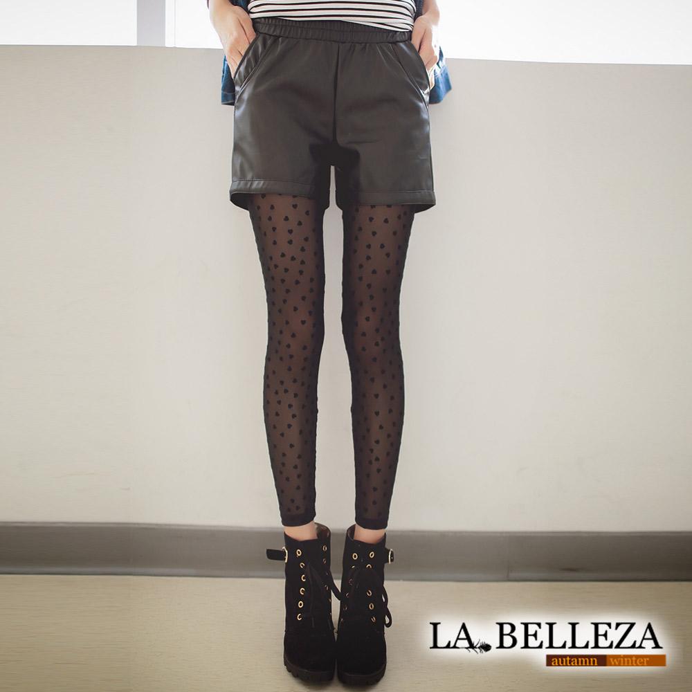 【La Belleza 中大尺碼】亮皮質斜口袋鬆緊短褲