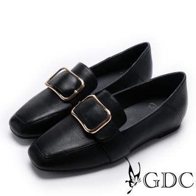 GDC-牛皮方扣簡約平底方頭鞋-黑色