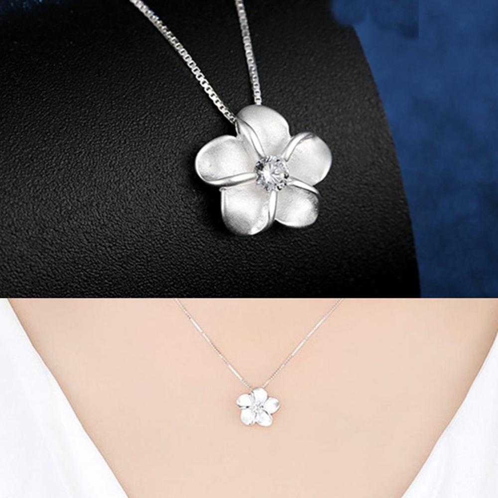 梨花HaNA 韓國925銀梅花點鑽鎖骨鍊