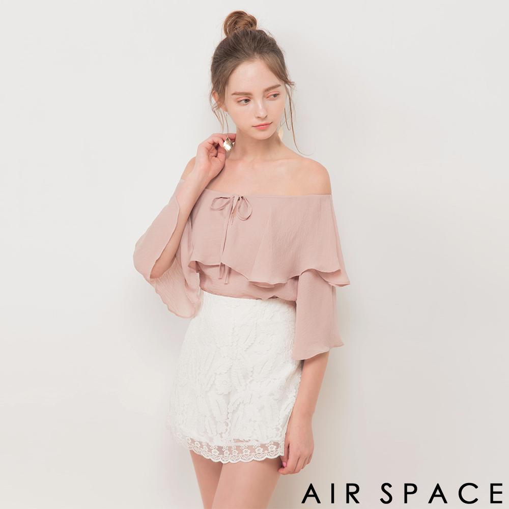 AIR SPACE 飄逸荷葉一字領領綁帶上衣(粉紅)