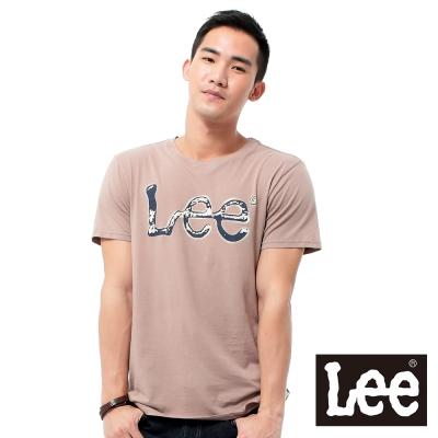 Lee 短袖T恤 深藍色LOGO噴漆印刷 -男款(藕色)
