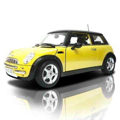 MINI COOPER_SUN ROOF 1:18合金模型車 (黃色)