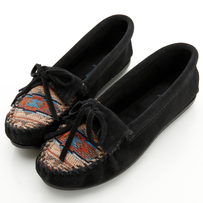 MINNETONKA 黑色印地安刺繡麂皮莫卡辛 女鞋 (展示品)