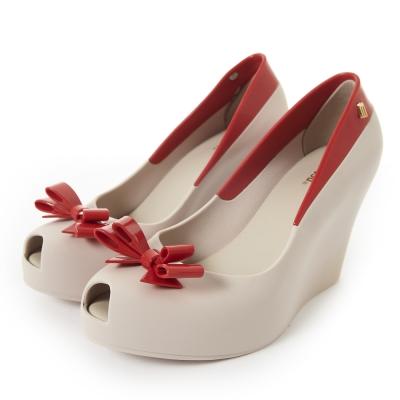 MELISSA-撞色蝴蝶結楔型魚口鞋-米-紅