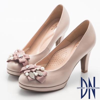 DN 晚宴婚嫁款 全真皮緞帶珍珠水鑽飾跟鞋-粉