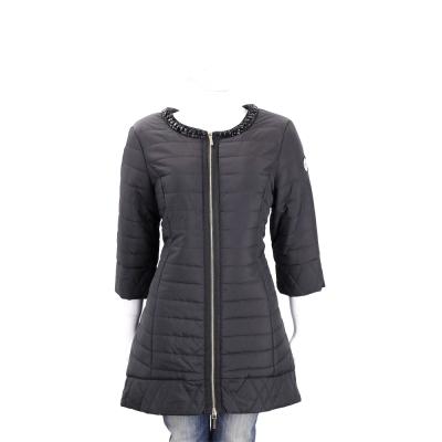 BLUGIRL-FOLIES 黑色黑鑽飾領鋪棉七分袖外套