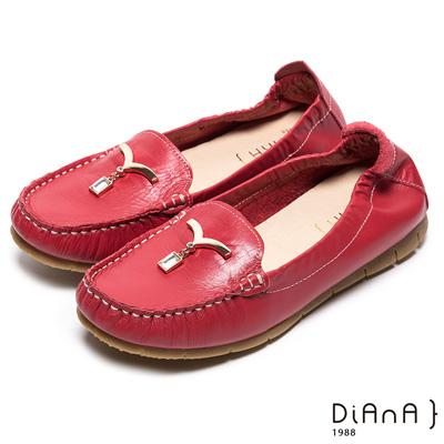 DIANA 舒適百搭--純淨海鷗鑽飾真皮平底鞋-紅