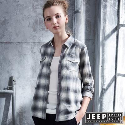 JEEP 女裝 經典漸層造型水洗長袖襯衫 -灰色
