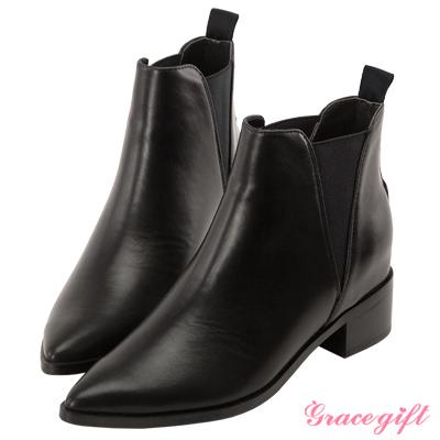 Grace gift X Kiki琦琦-撞色鬆緊帶內增高尖頭短靴 黑