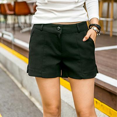 正韓-簡約款縫線小開衩休閒短褲-共四色-N-C21