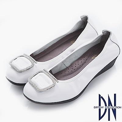 DN 舒適優雅 真皮方鑽飾扣楔型包鞋-白