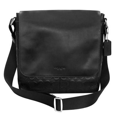 COACH黑色素面搭浮印C-Logo全皮翻蓋方型斜背男包