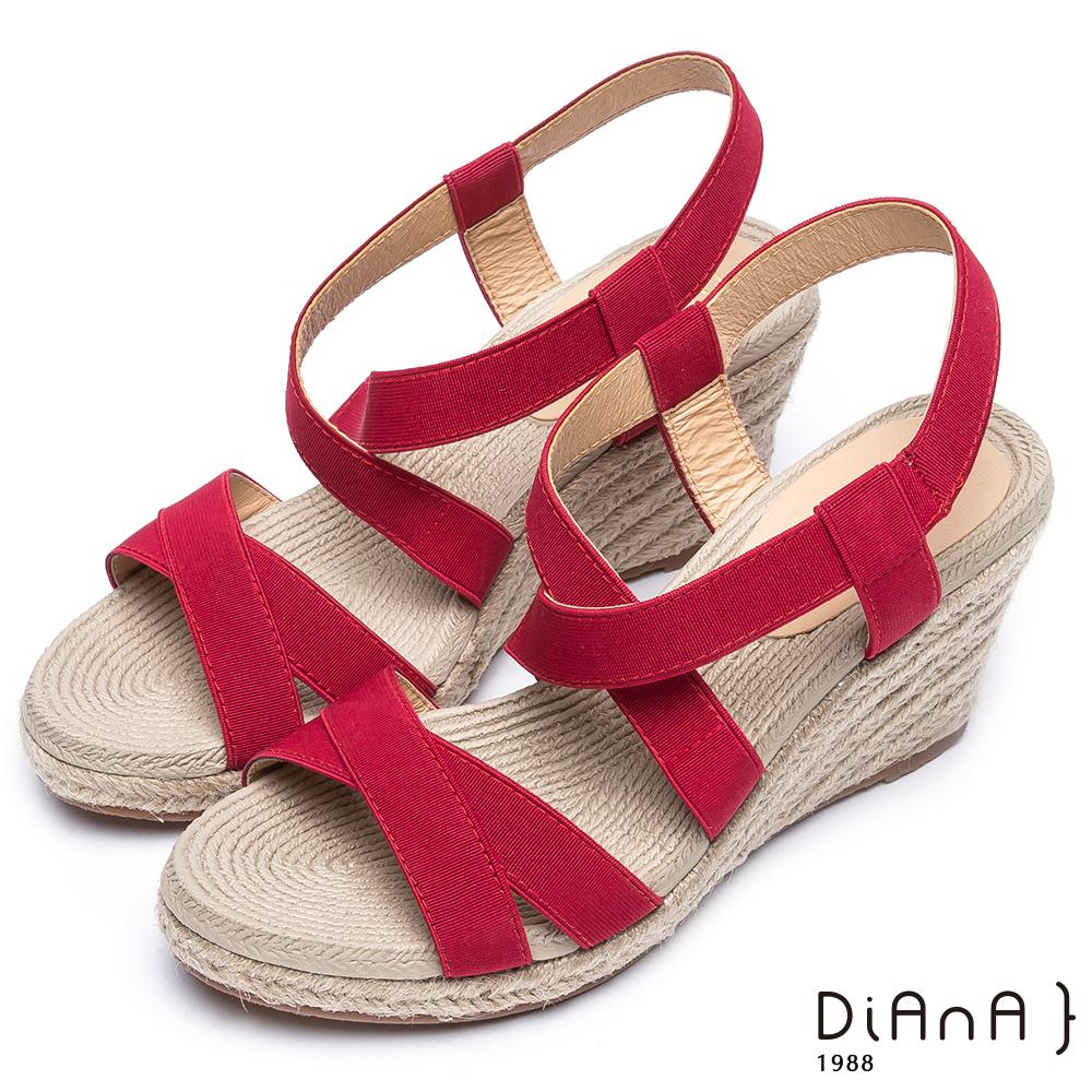 DIANA 夏日風情--進口鬆緊帶雙交錯楔型涼鞋–紅