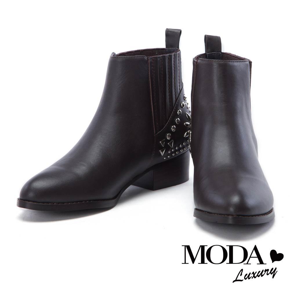 短靴 MODA Luxury 個性拼接鉚釘牛皮尖頭粗跟短靴-咖