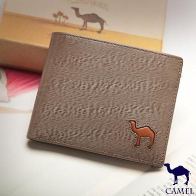 CAMEL - 西班牙經典真皮水波紋款可拆式12卡2照內拉鍊短夾-淺咖