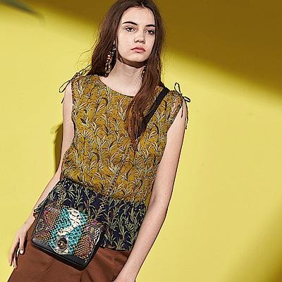 ICHE 衣哲 時尚設計100%真絲印花拼接鬆緊無袖設計上衣-綠