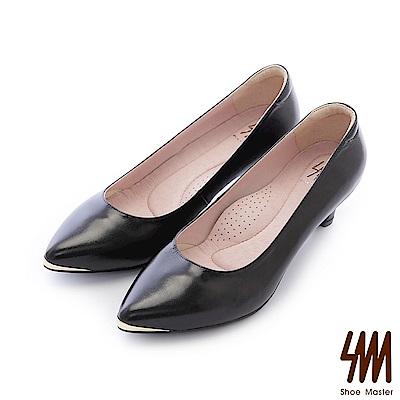 SM-台灣全真皮-紓壓好穿素面金色飾釦尖頭中低細跟淑女鞋-黑色