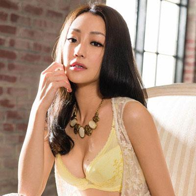 華歌爾-記形BRA系列D-E罩杯內衣-洋甘菊