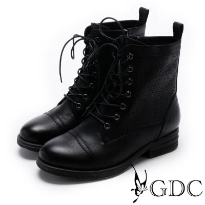 GDC-騎士風格綁帶擦色低跟短靴-黑色