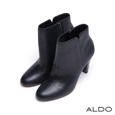 ALDO-原色真皮弧面壓紋V字切口高跟短靴-尊爵黑