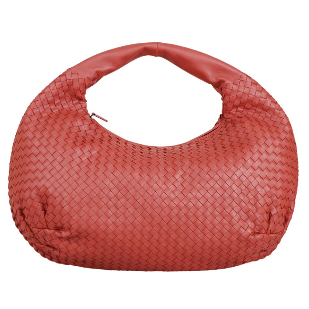 BOTTEGA VENETA 經典小羊皮編織肩背包皮革(胭脂紅)