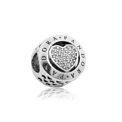 Pandora潘朵拉經典字母LOGO愛心鑲鋯純銀墜飾串珠