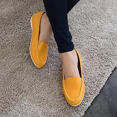台灣製造~素色光澤感仿皮休閒平底懶人鞋.4色-OB大尺碼