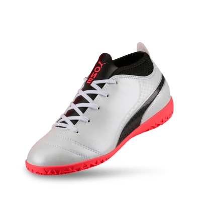 PUMA-PUMA ONE 17.4 IT Jr 孩童足球運動鞋-白色