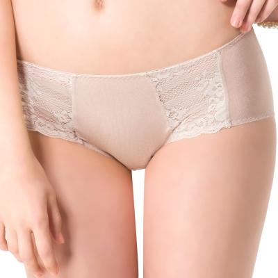 思薇爾 花優系列M-XL蕾絲低腰平口內褲(白銀膚)