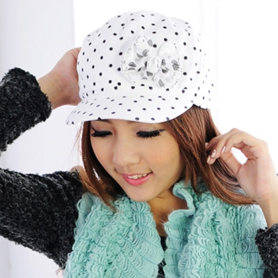 Aimee Toff 水玉小帽沿晶亮蝴蝶時尚帽(白)