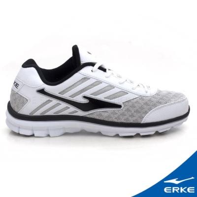 ERKE 鴻星爾克。男運動綜合訓練慢跑鞋--白黑