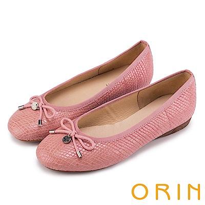 ORIN 輕熟魅力 經典鏡面牛皮壓紋娃娃鞋-粉紅