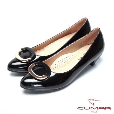CUMAR舒適通勤-金屬裝飾真皮高跟鞋-黑