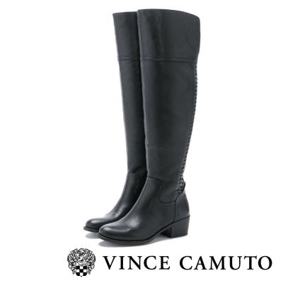 Vince Camuto 編織金屬扣曲線百搭膝上靴-黑色