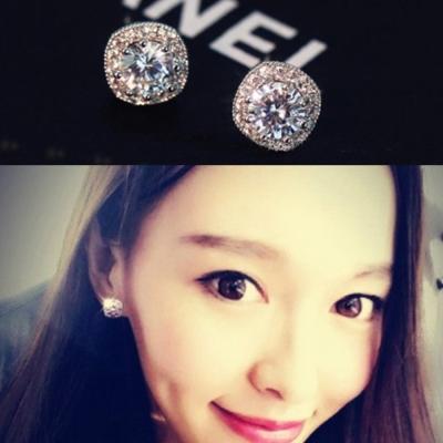 梨花HaNA無耳洞韓國邊鑲方鑽璀璨季節耳環夾式