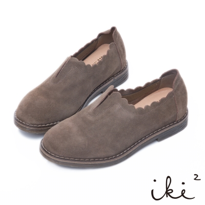 iki2 全真皮 舒適麂皮波浪滾邊平底鞋-褐