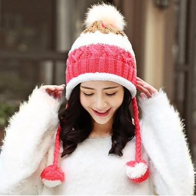 幸福揚邑 雙吊球造型雙層保暖護耳小顏拚色毛球針織毛線帽-玫