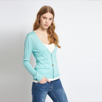 Chaber巧帛 簡約純色素面好感度UP針織綠外套