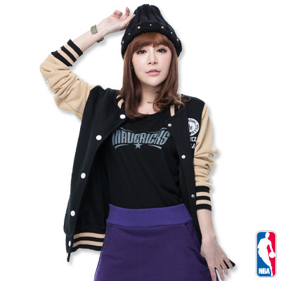 NBA-達拉斯小牛隊舒適短袖T恤-黑(女)